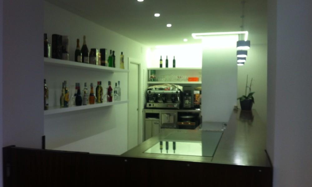Club-House_4_Bar_2